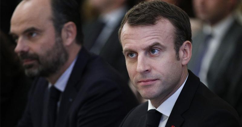 "Image for Macron Surrenders to Populist ""Yellow Vest"" Protestors"