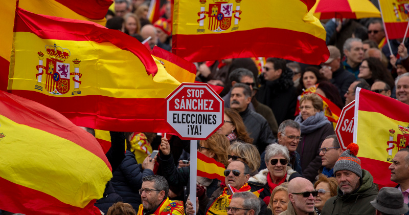 Image for Spain Calls Snap Election After Socialists Fail to Pass Budget