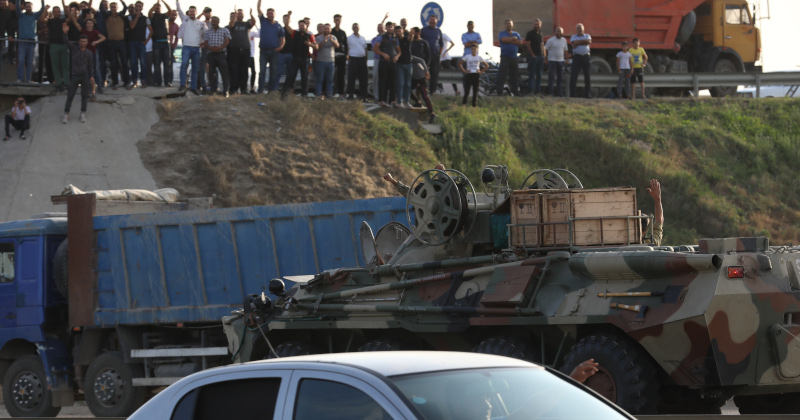 Image for Armenia, Azerbaijan Forces Clash for 2nd Day