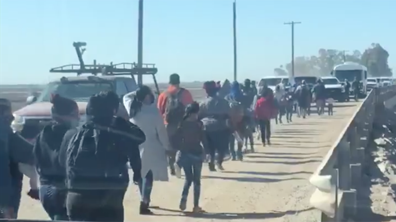 Image for Video: Hundreds Of Illegals Walk Across Border Into Arizona