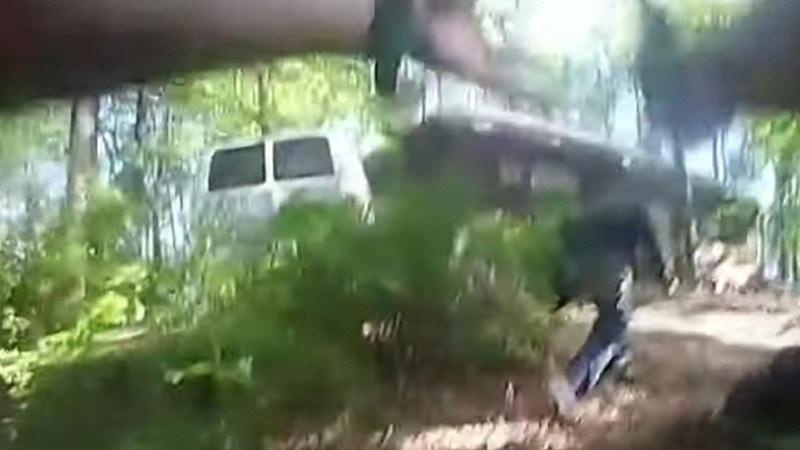 Image for Body Cam Reveals Black Police Officer Begged Black Man With Knife To Drop Weapon 47 Times Before Shooting
