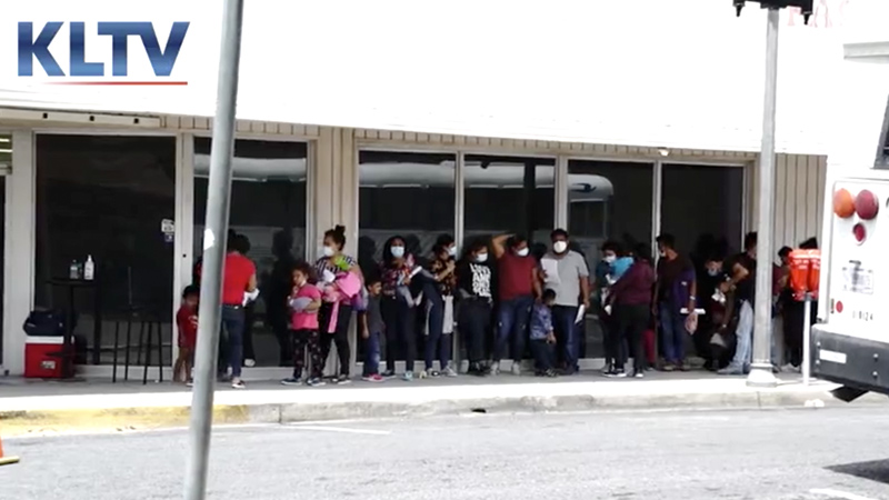 Image for Thousands Of Covid-Positive Illegals Flooding Texas – Watch