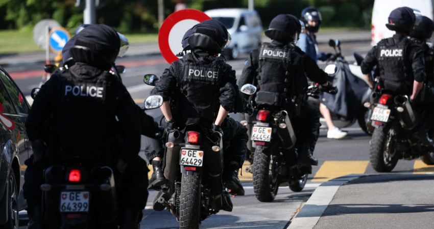 Swiss Police Threaten to Stop Enforcing COVID-19 Rules – NewsWars