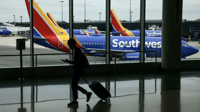 Image for Southwest Scraps Plan To Put Unvaccinated Staff on Unpaid Leave Following Protests